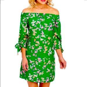 New Vince Camuto Floral off the shoulder dress